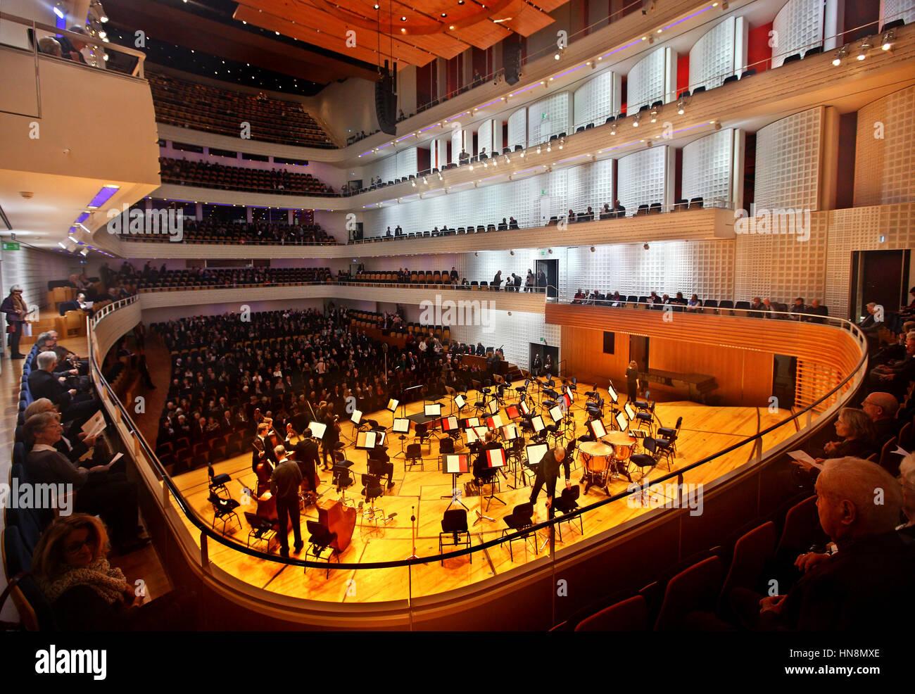 Der Konzertsaal im KKL (Kultur-Und Kongresszentrum Luzern), Luzern, Schweiz. Stockbild