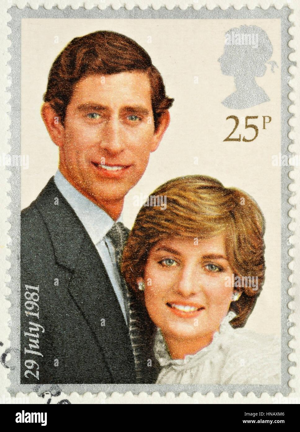 Vereinigtes Königreich - ca. 1981: A britische verwendete Briefmarke feiert die königliche Hochzeit von Prinz Charles und Lady Diana Spencer Stockfoto