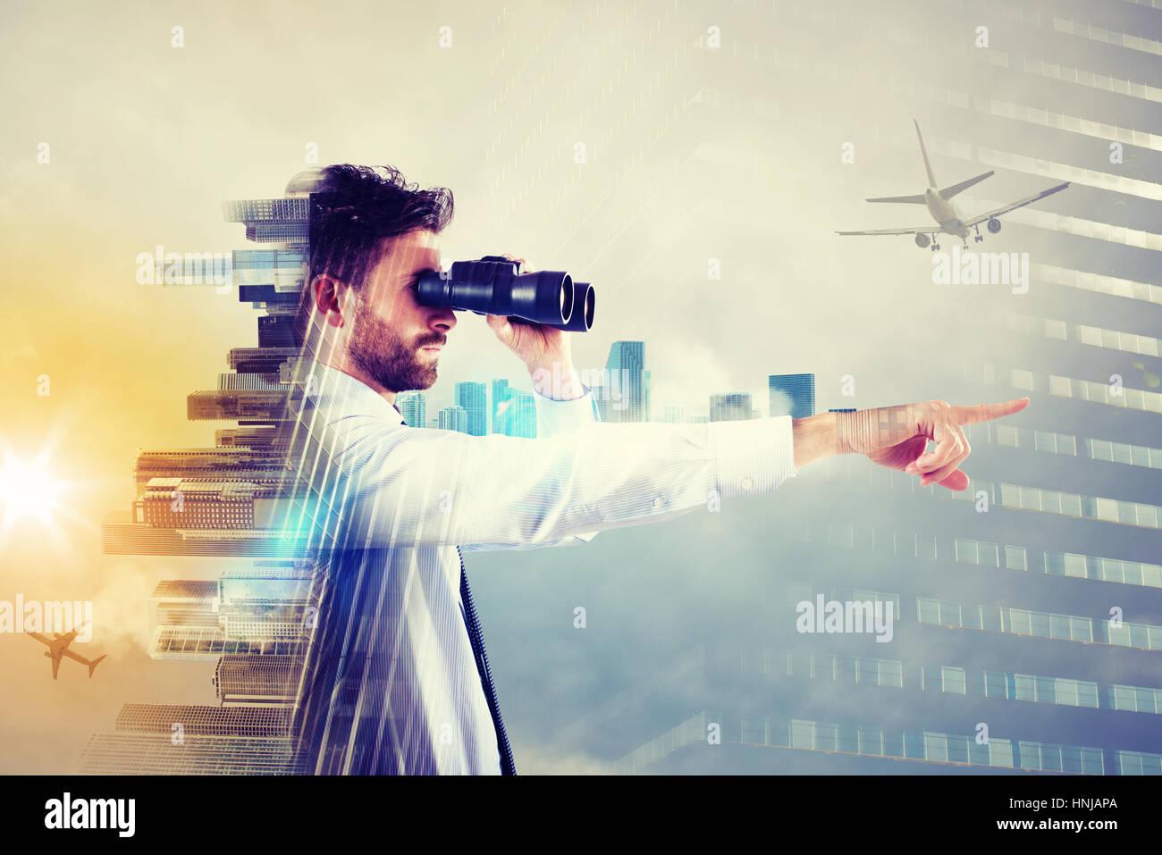 Geschäftsmann, Blick in die Zukunft Stockbild