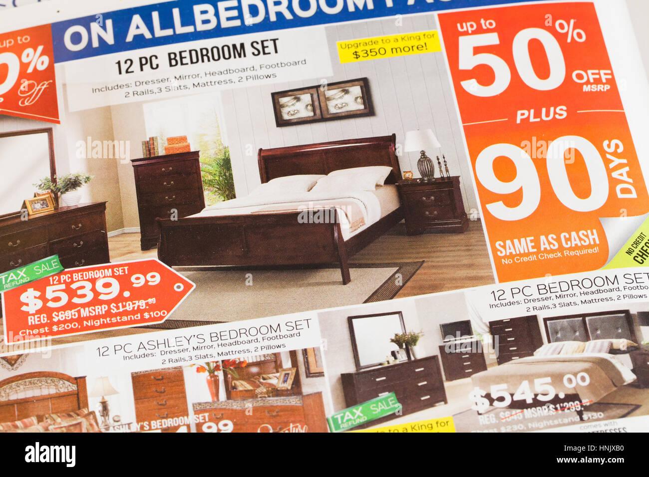 Möbelhaus Werbung In Zeitung Usa Stockfoto Bild 133796180 Alamy