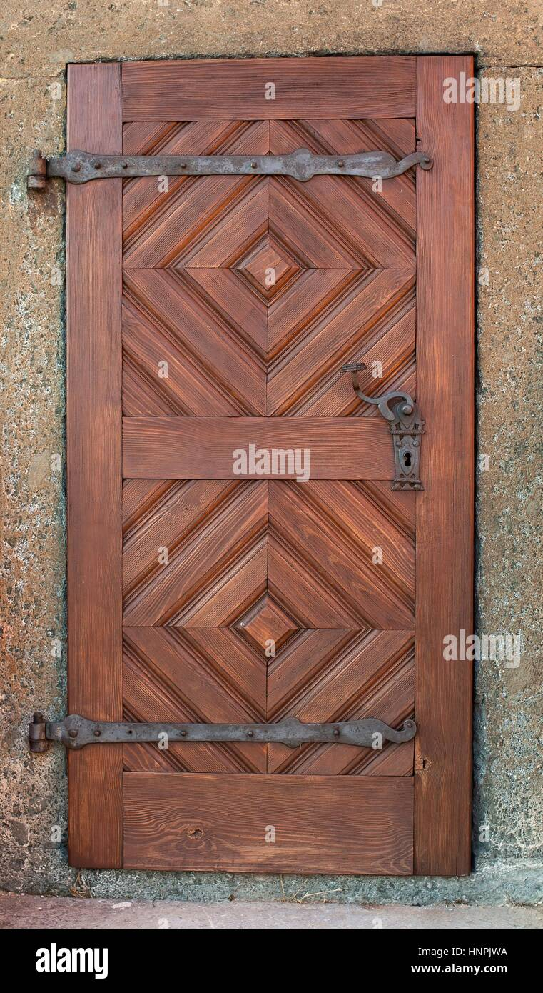 türen, massivholz, scharniere stockfoto, bild: 133878118 - alamy