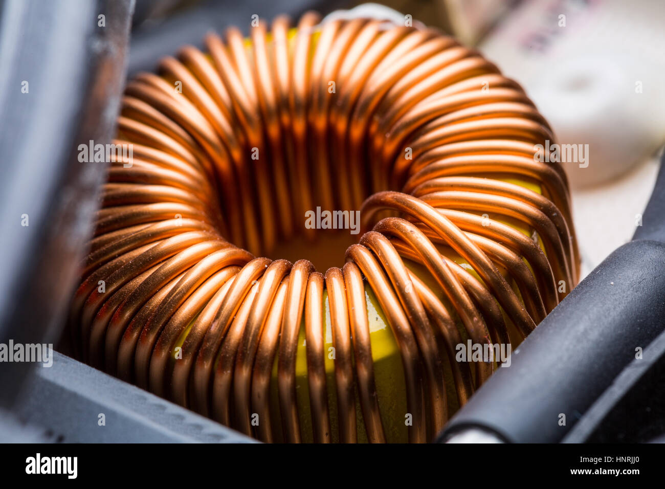 Magnet Copper Electricity Stockfotos & Magnet Copper Electricity ...