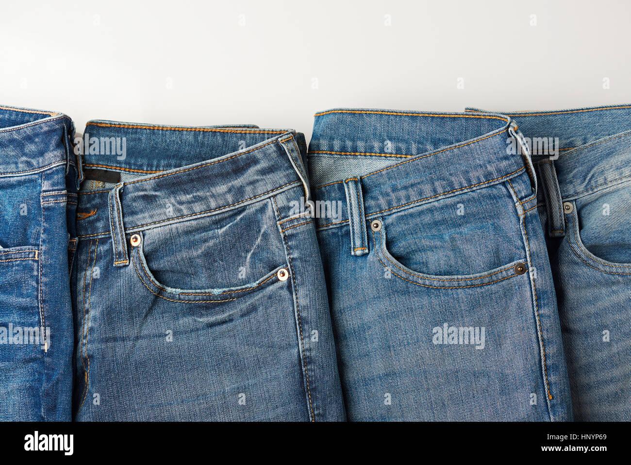 Clothes Line Denim Stockfotos & Clothes Line Denim Bilder - Alamy