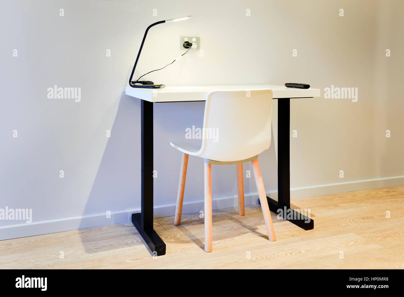 Einzelne Moderne Kompakte Studie Computerschreibtisch Und Stuhl Für