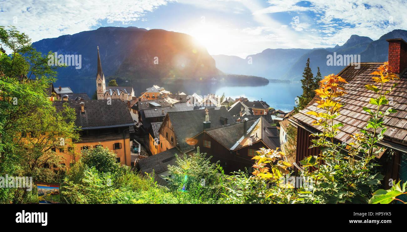 Malerischen Panoramablick auf den berühmten Bergdorf in den Aust Stockfoto