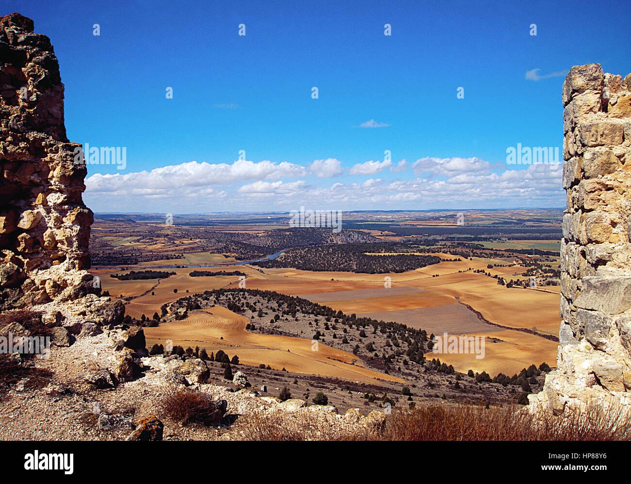 Landschaft aus den Ruinen des Schlosses Gormaz. Gormaz, Soria Provinz Kastilien-Leon, Spanien. Stockbild