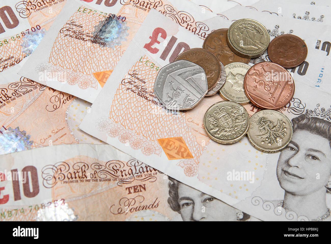 UK-Geld-Banknoten und-Münzen britische Pfund Sterling