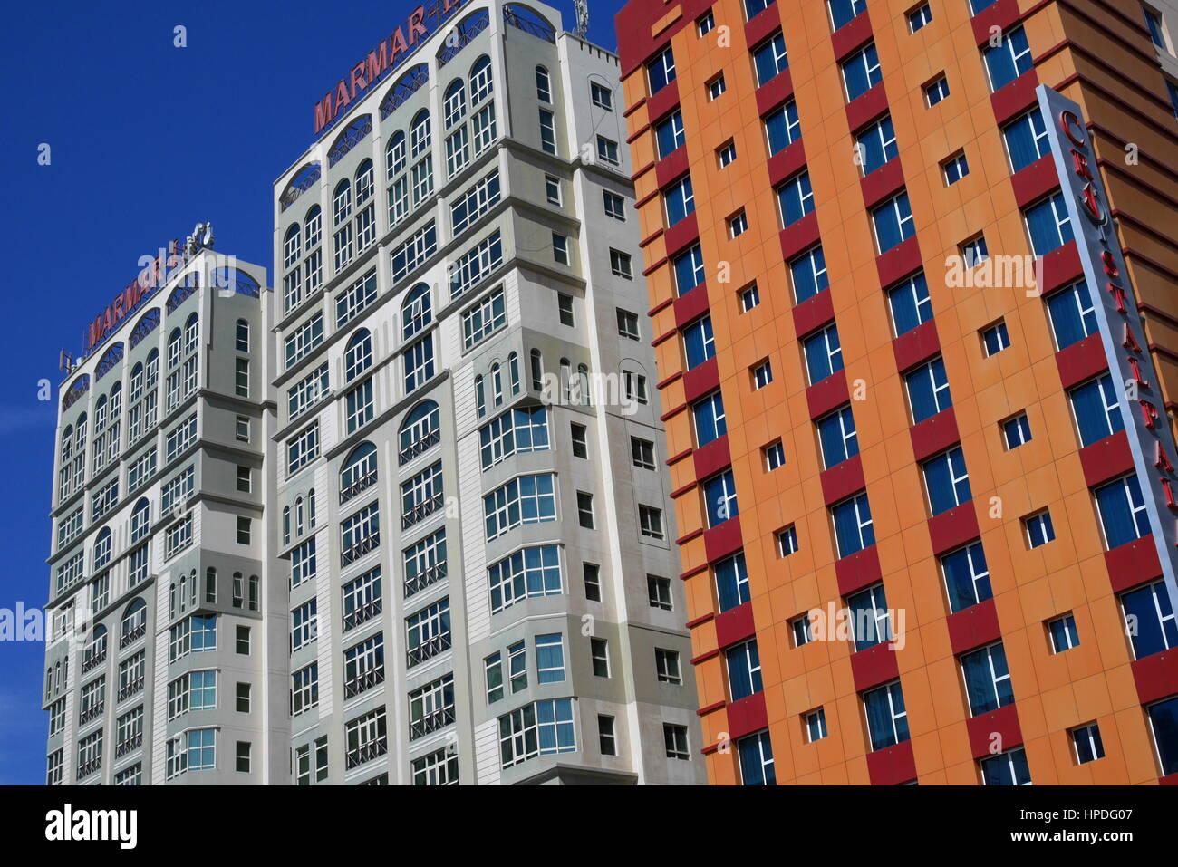Wohngebiet Hochhäuser, Juffair, Bahrain Stockbild