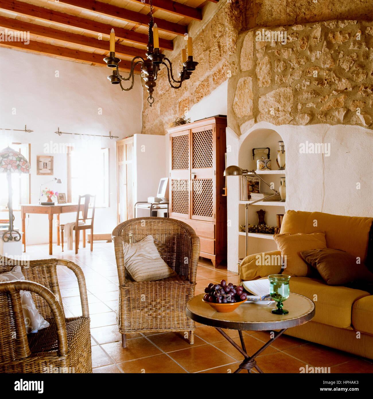 steinwand wohnzimmer video, steinwand innen stockfoto, bild: 134376567 - alamy, Design ideen