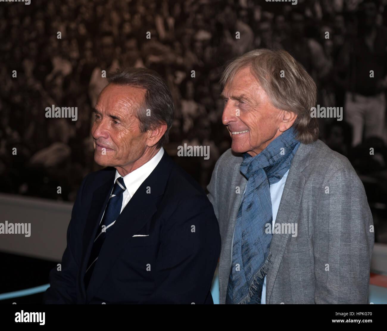 London, UK. 23. Februar 2017. Fototermin mit Jacky Ickx und Derek Bell, bei der Ickx-Icon-Sammlung. Die London-Oldtimer Stockbild