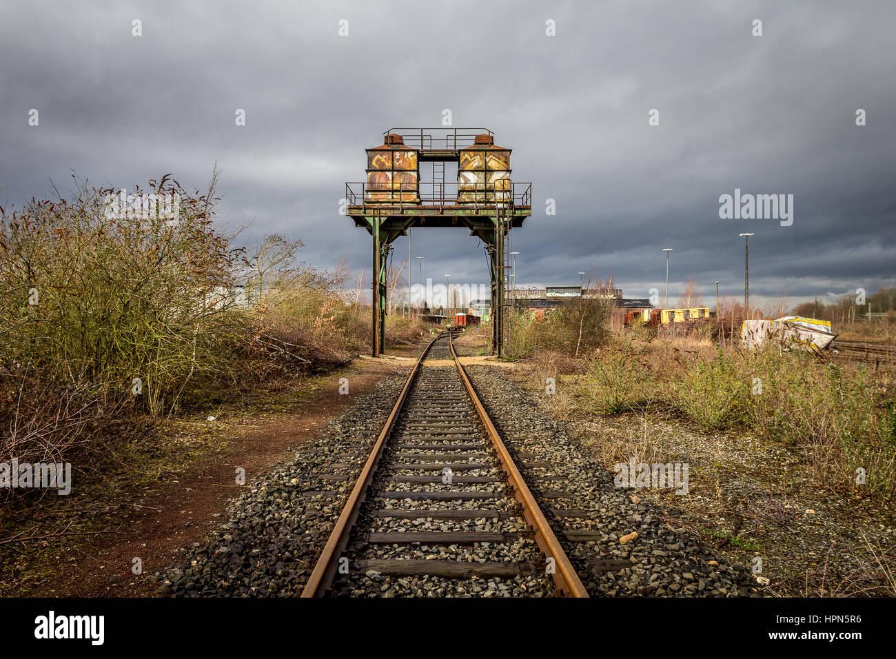 Alten Überlieferungen auf eine Bahn in der Nähe von Duisburg Stockbild