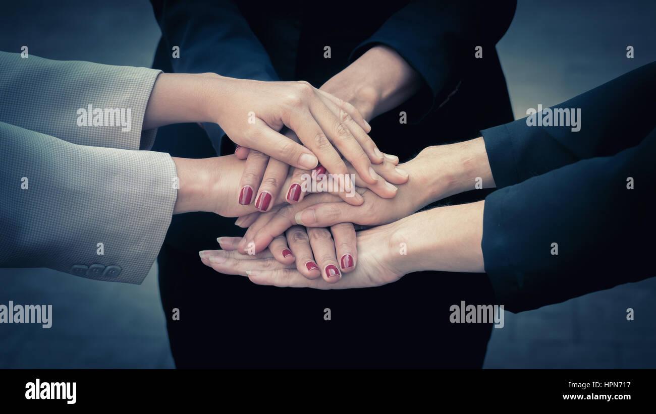 Teamgedanke Teamwork Zweisamkeit Zusammenarbeit Stockbild