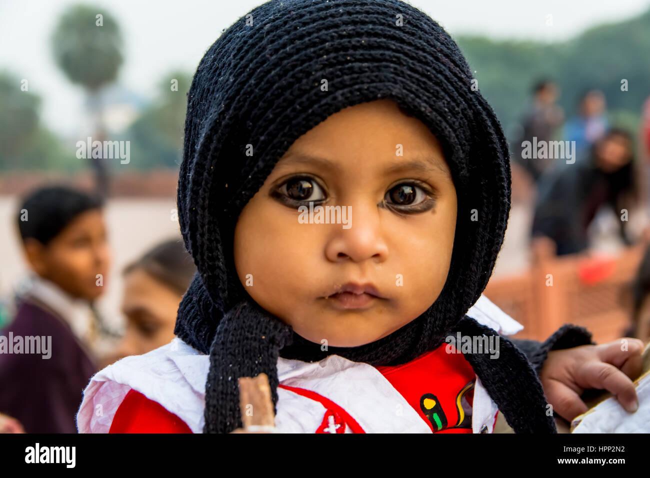 Ansicht des Babys mit Kajal Eyeliner hautnah Stockbild