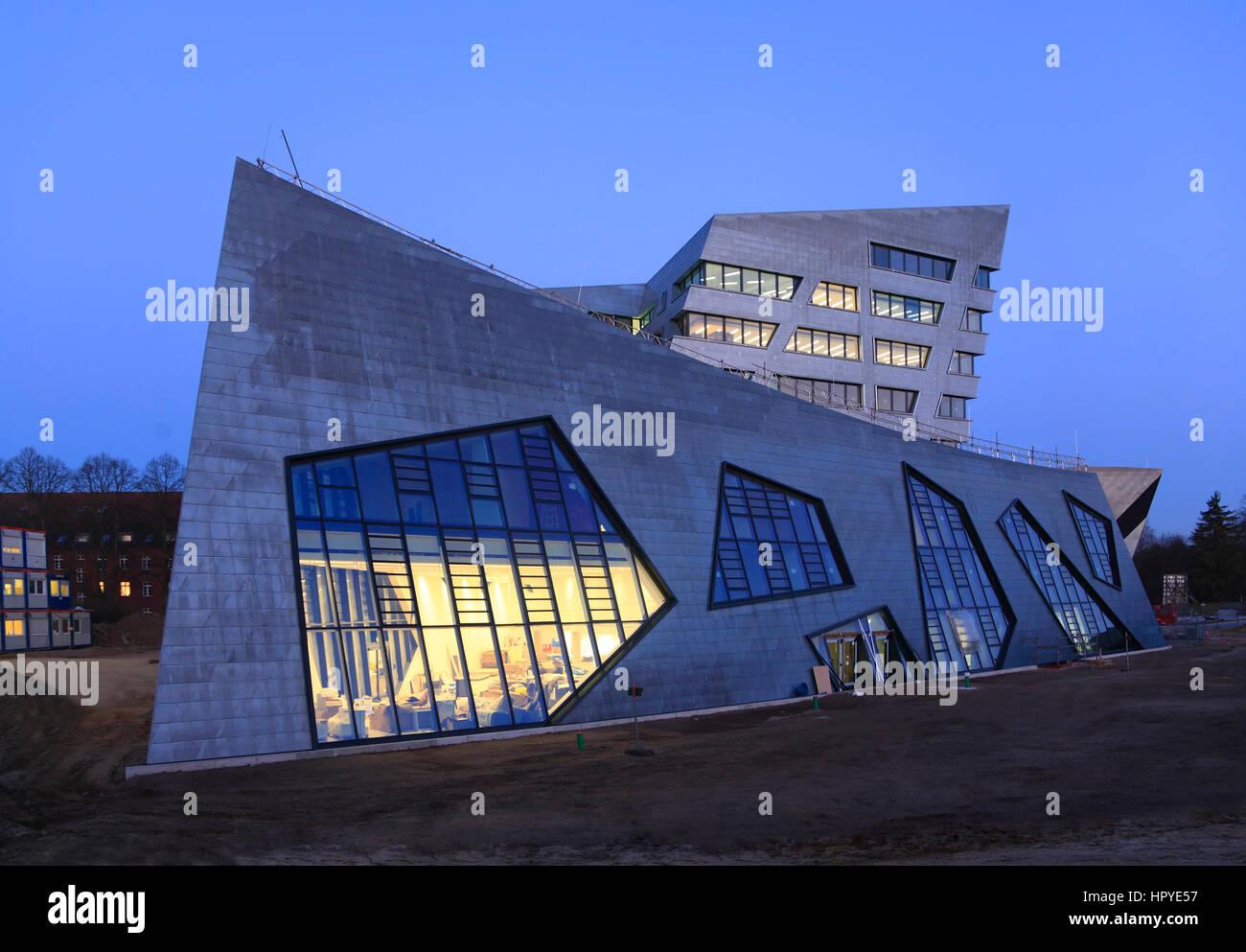 neue zentrale gebäude vom architekten daniel libeskind leuphana