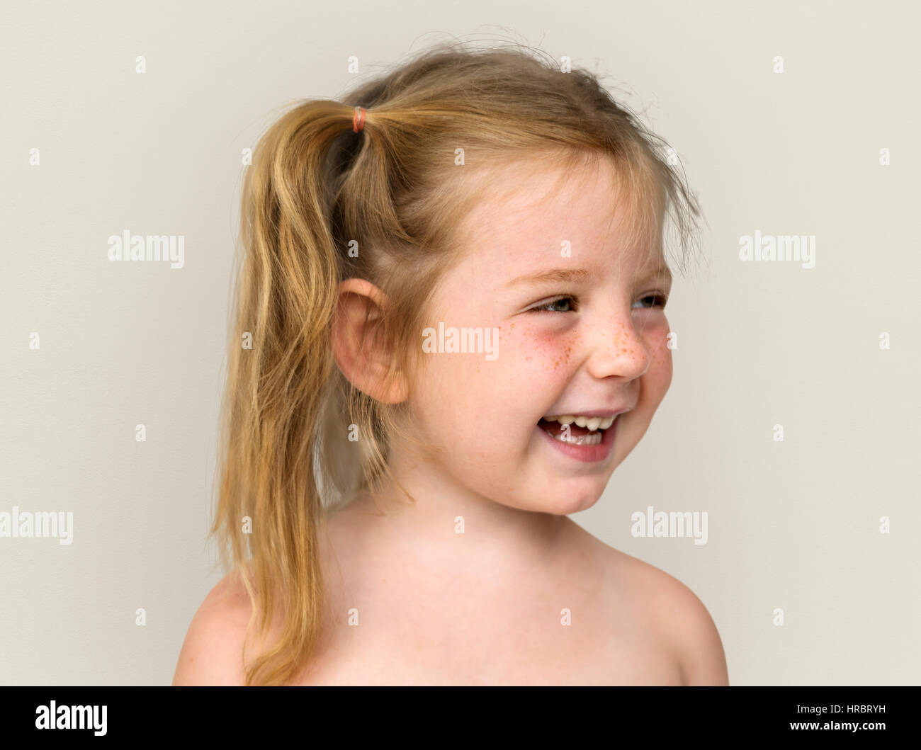 Nackte Bilder von einem Mädchen