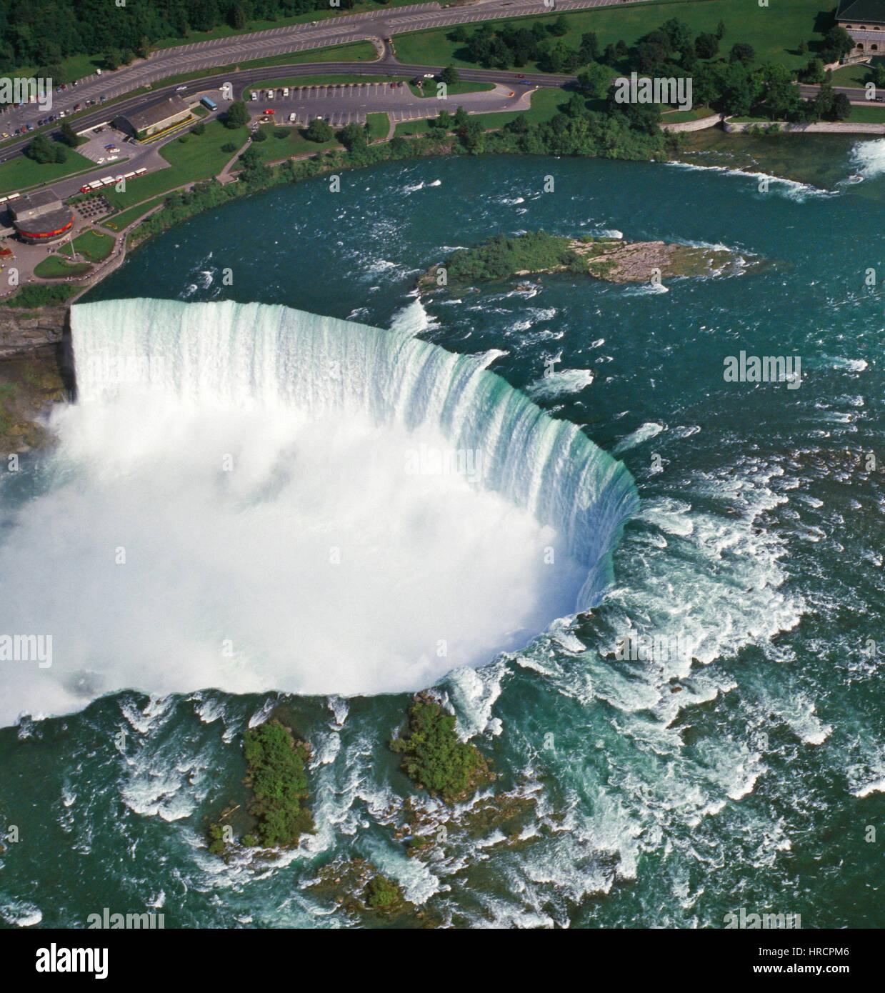 Luftaufnahme von Niagara Falls, Ontario, Kanada Stockbild