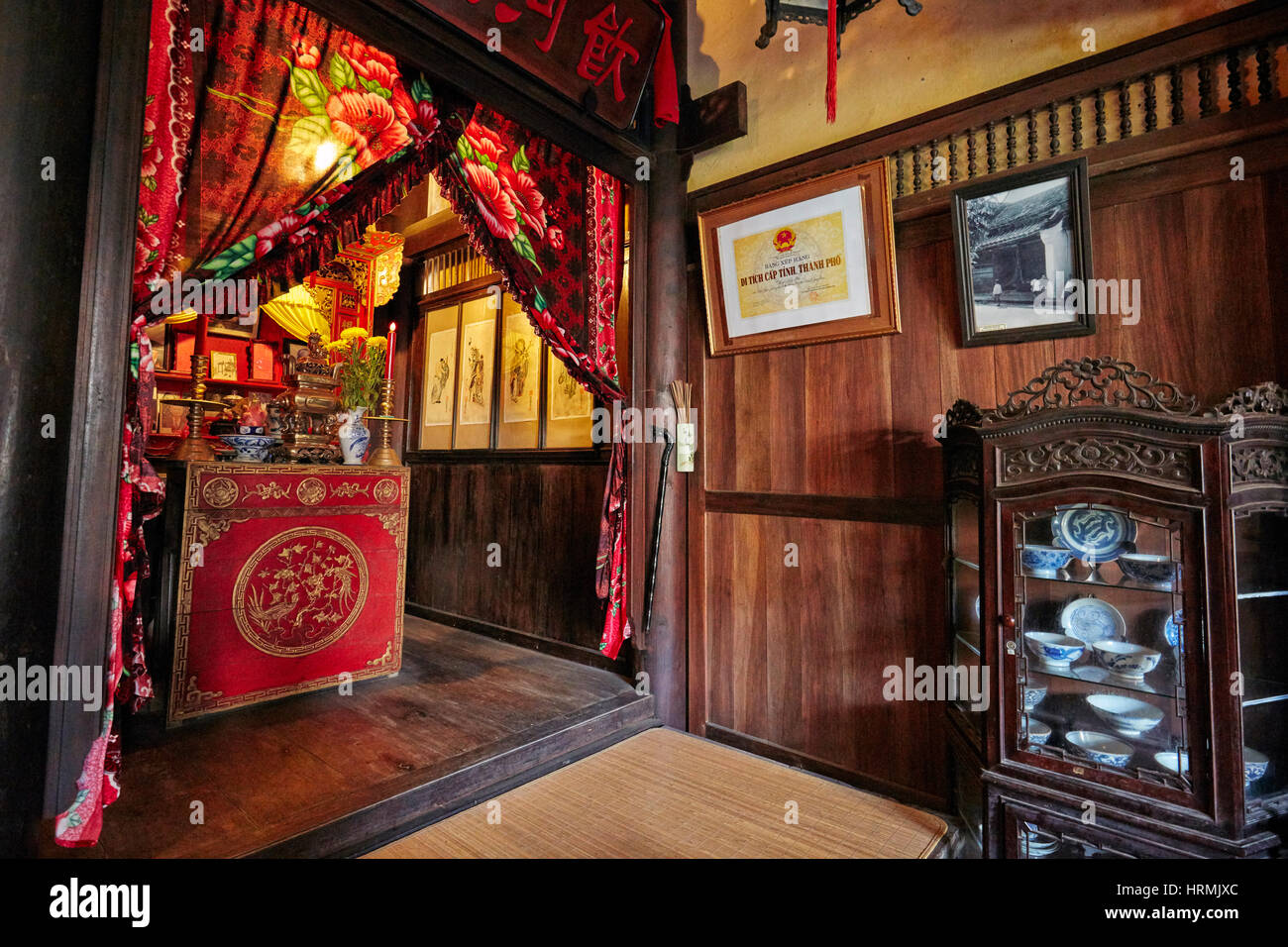 Vorfahr Altar in das alte Haus von Duc Jg. Hoi an Altstadt, Provinz Quang Nam, Vietnam. Stockbild