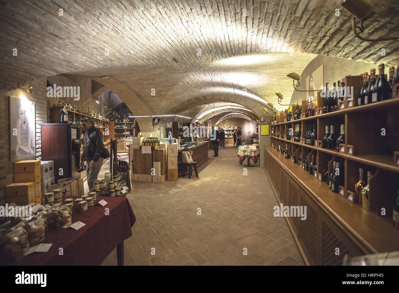 Italy Wine Bar Stockfotos & Italy Wine Bar Bilder - Alamy