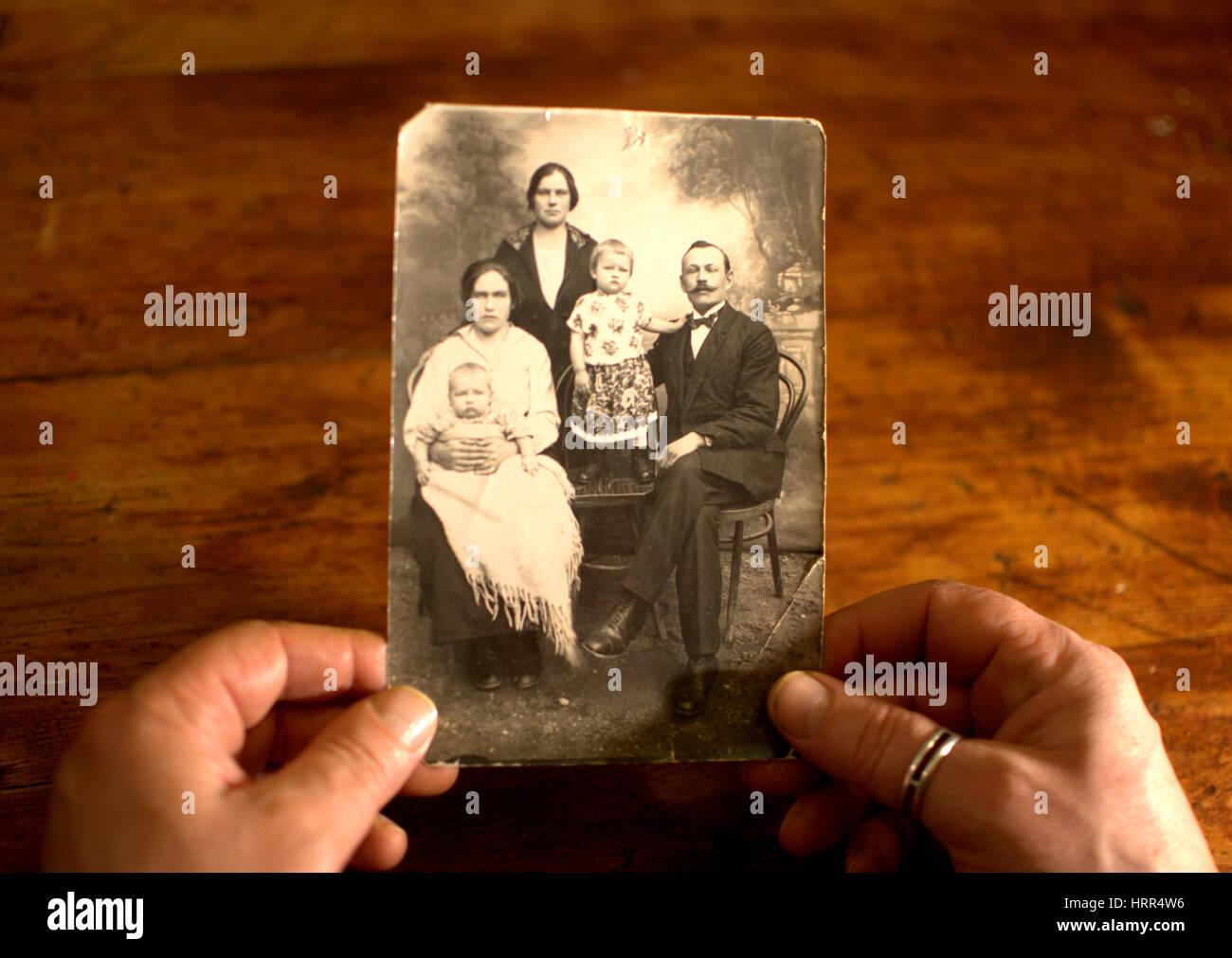 Das alte Foto von meinen Vorfahren Stockbild