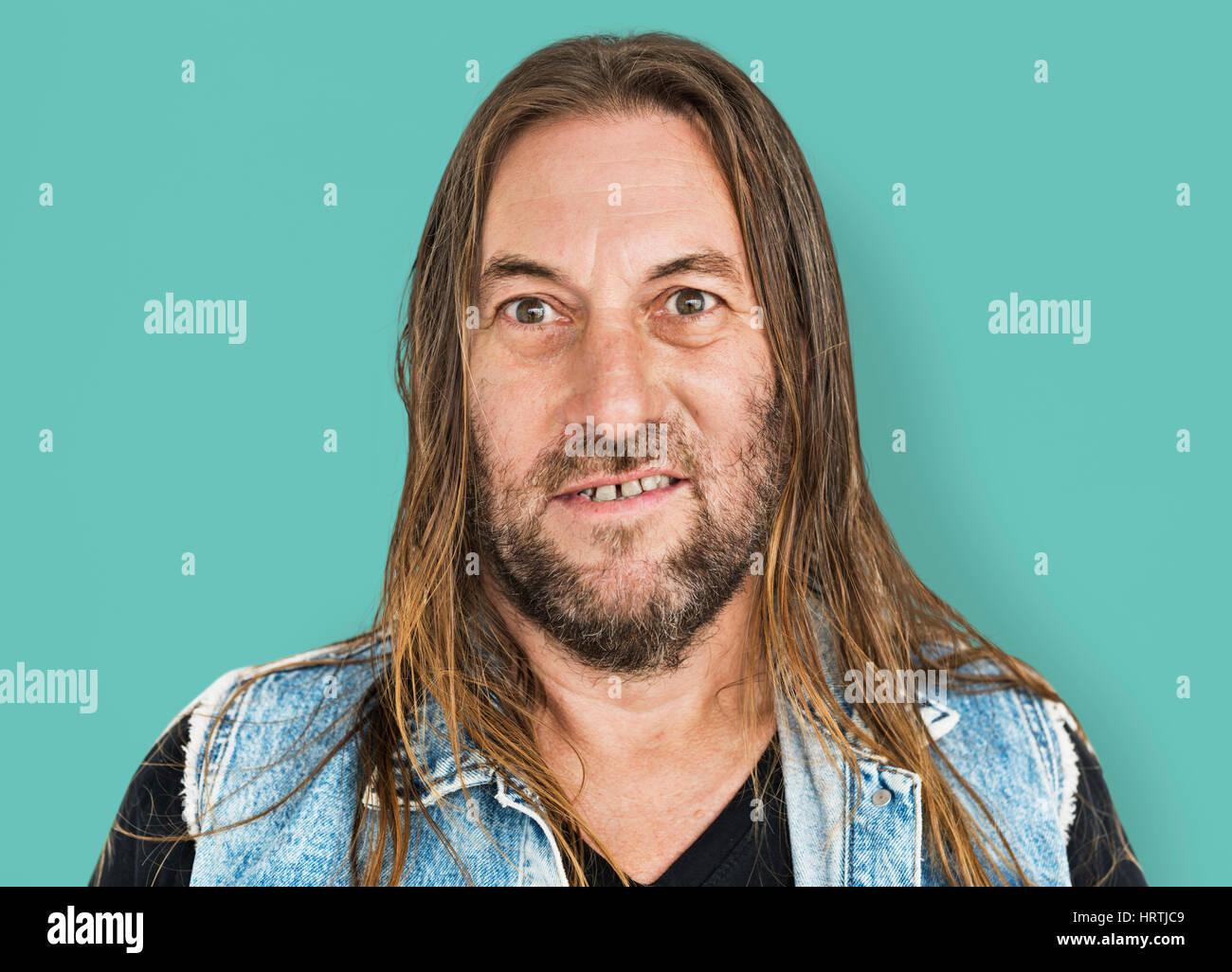 Mann Lange Haare Frisur Lächelnd Hohn Porträt Konzept
