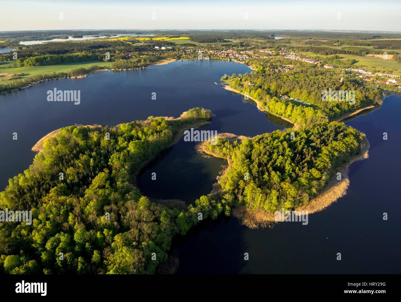 Krakower Seenlandschaft Mit Inseln Und Blick Auf Krakow am See, Krakow am See, Mecklenburgische Seenplatte, Mecklenburger Stockbild