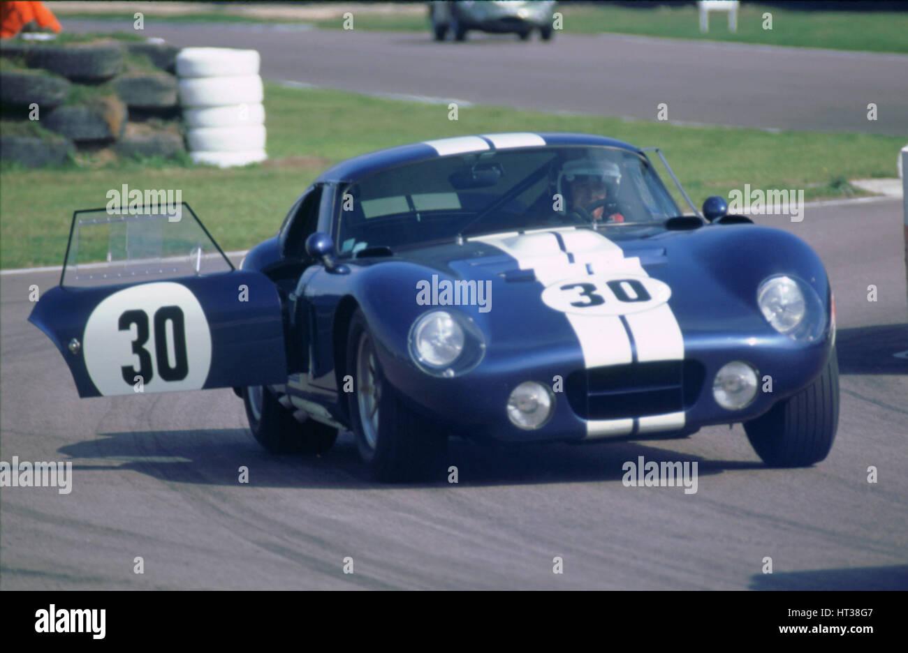 1966 AC Shelby Cobra 1998 Goodwood Revival Meeting. Künstler: unbekannt. Stockbild
