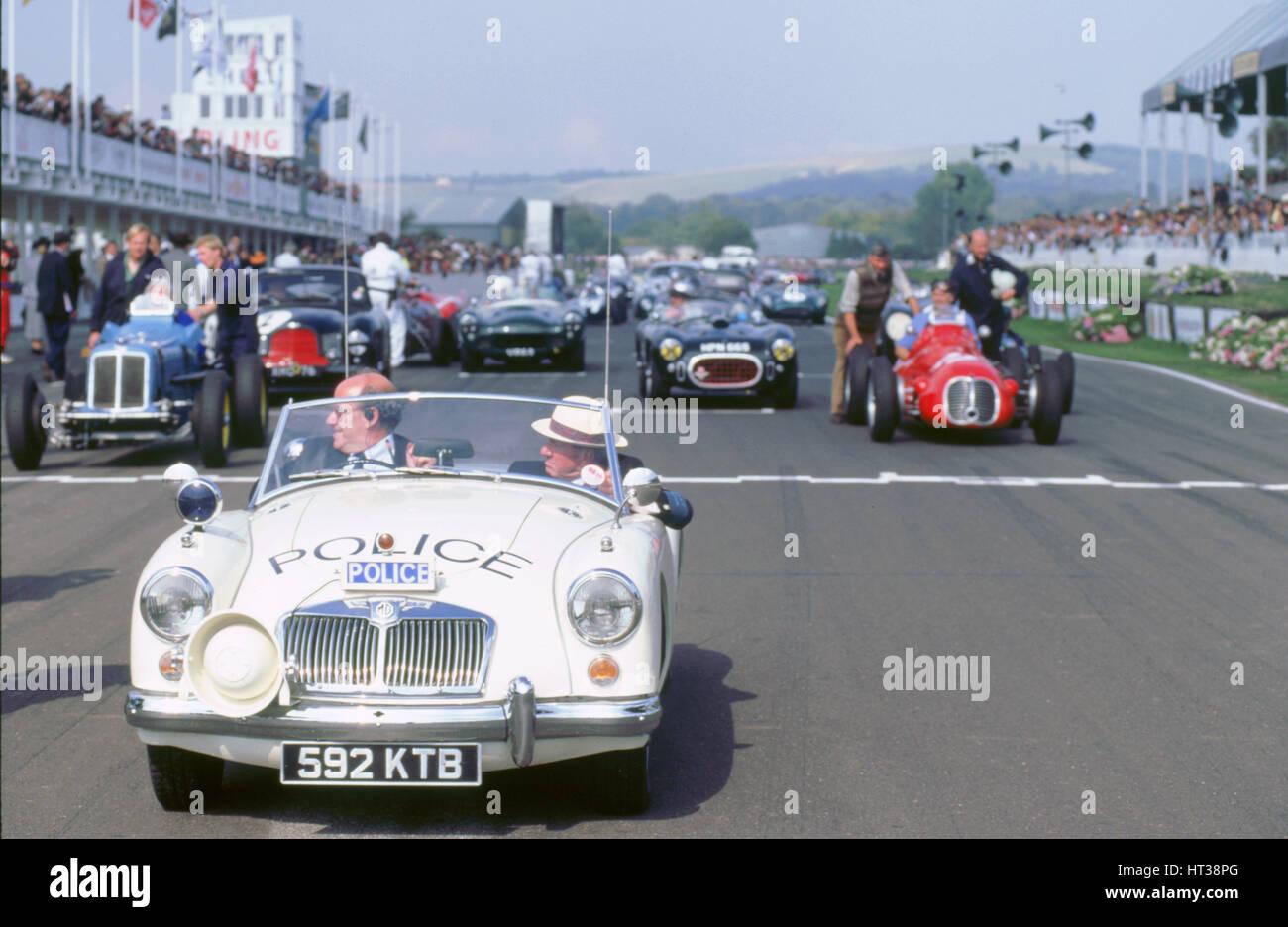 1998 beim Goodwood Revival. MGA-Polizei-Auto, auf der Startaufstellung. Künstler: unbekannt. Stockfoto