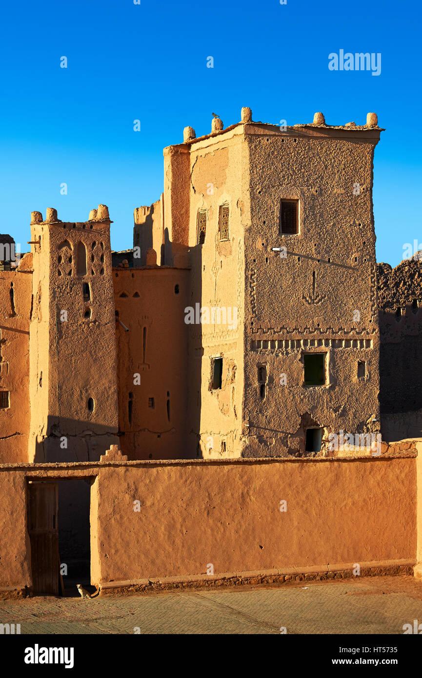 Außen die Lehmziegel Kasbah Taourirt, Ourrzazate, Marokko, von Pascha Glaoui gebaut. Ein UNESCO-Weltkulturerbe Stockbild