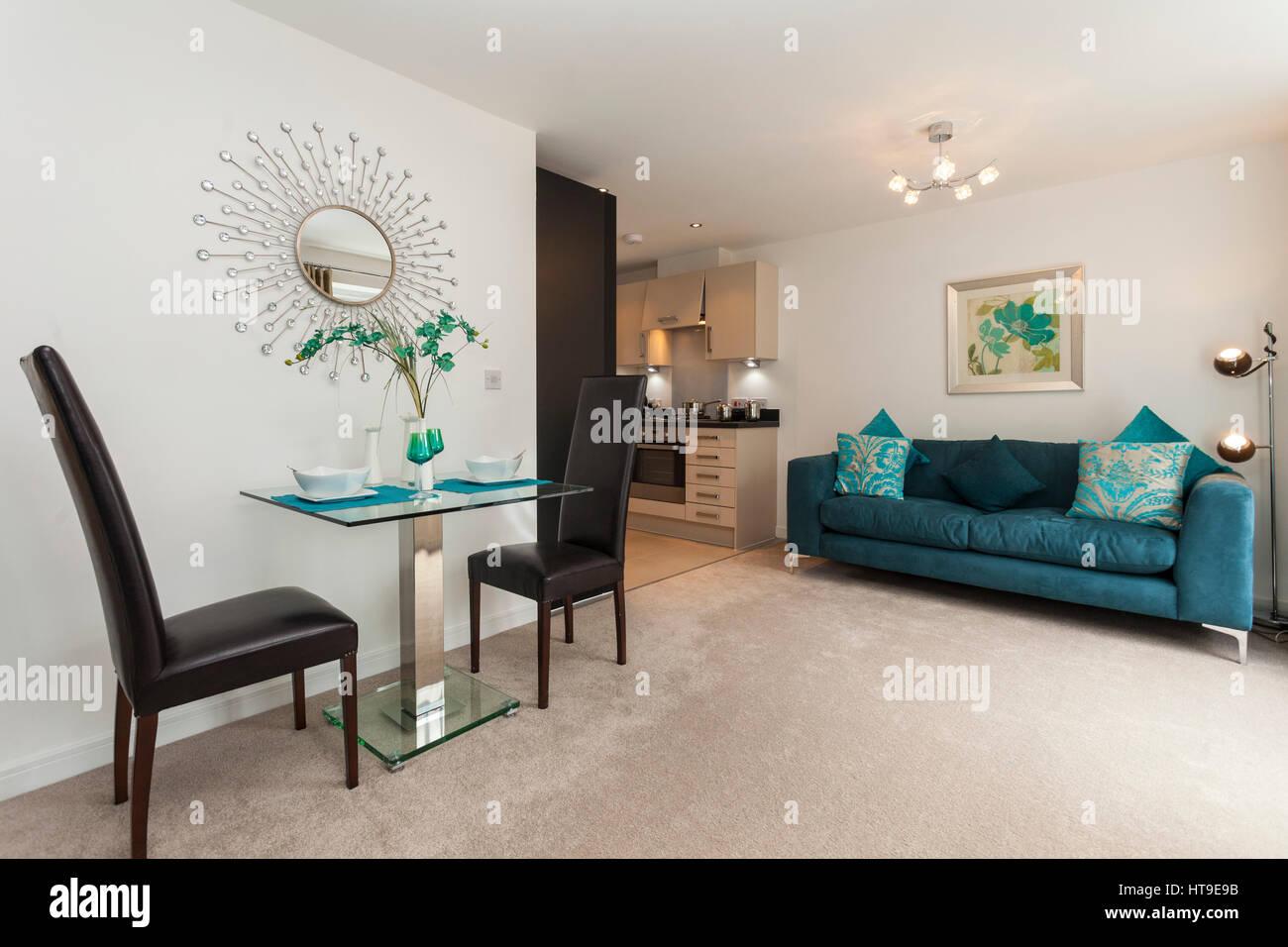 Wohnung Interieur, moderne Lounge/Küche/Esszimmer, Neubau, Türkis ...