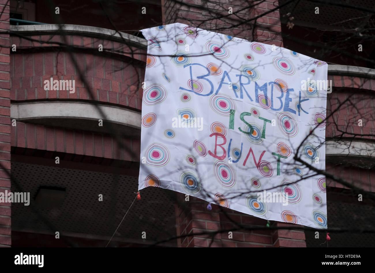 Bettlaken Hamburg.Hamburg Deutschland 10 Marz 2017 Ein Anti Nazi Banner
