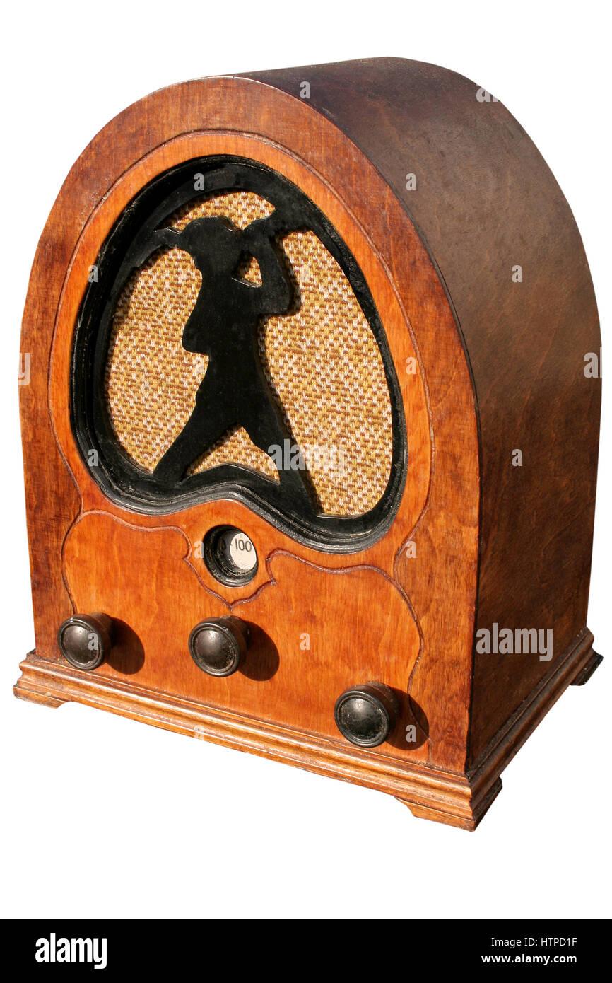 Antiken Radio mit gebogenen Holzrahmen und Peter Pan-Motiv Stockfoto ...