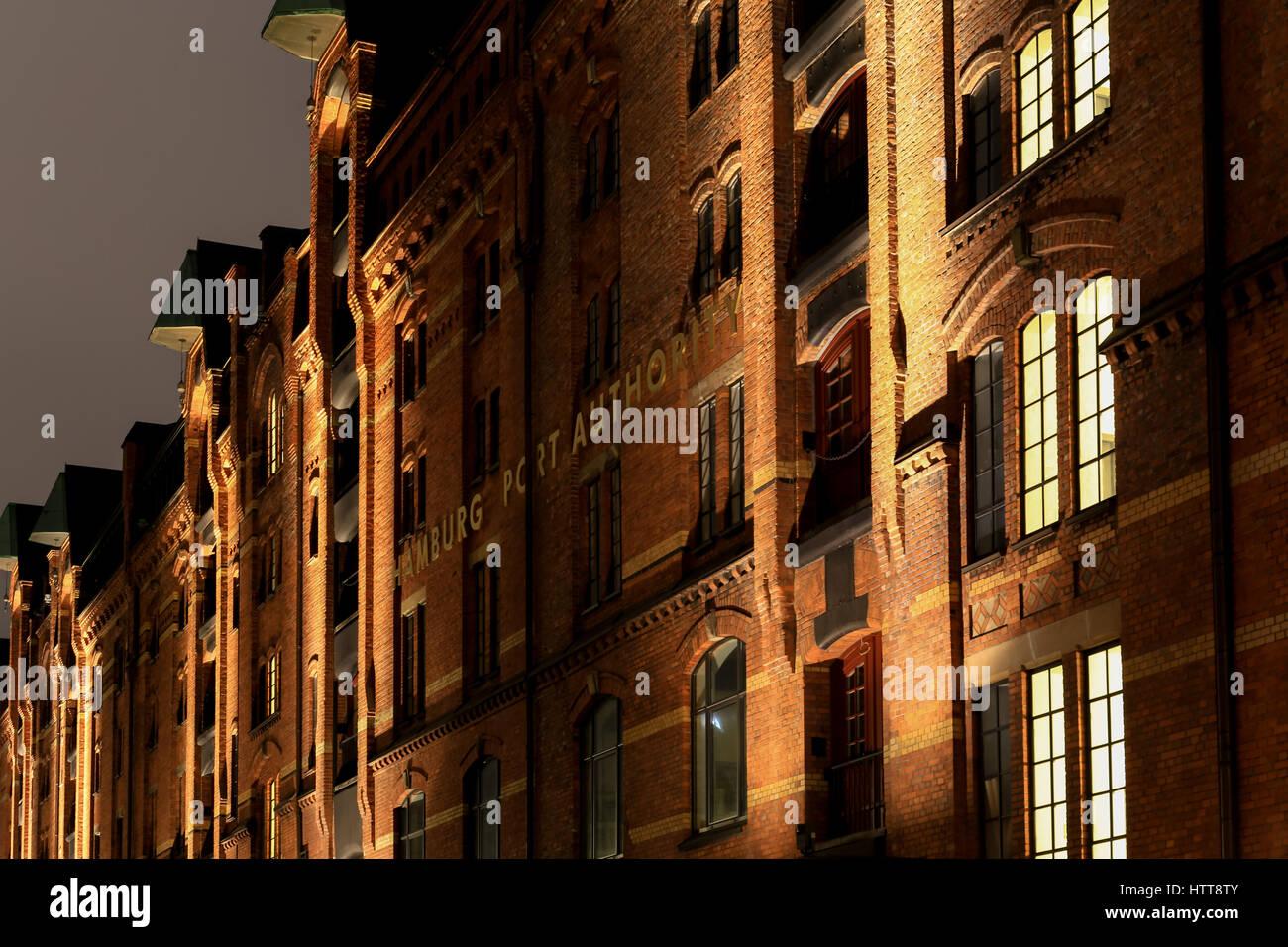Hamburg Port Authority Stockfotos & Hamburg Port Authority Bilder ...