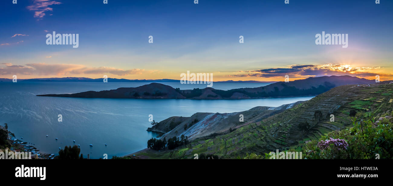 Sonnenuntergang über den Titicaca-See, Isla del Sol - Bolivien Stockbild