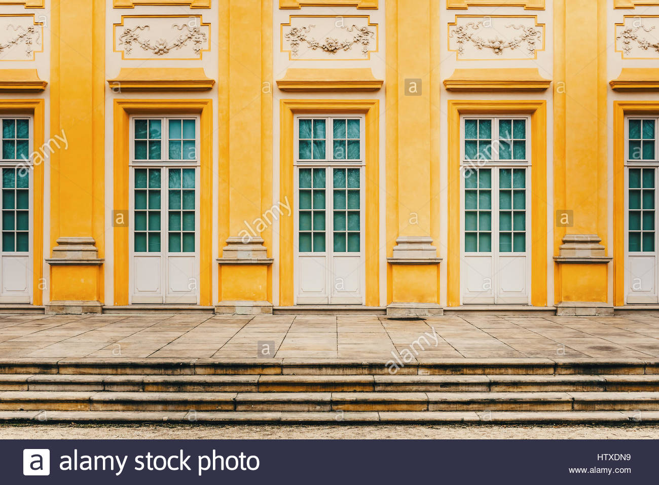 palace classic style architecture stockfotos palace classic style architecture bilder alamy. Black Bedroom Furniture Sets. Home Design Ideas