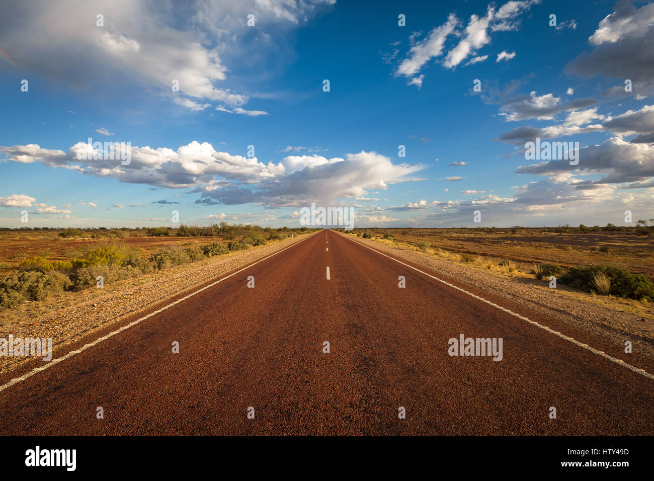 Outback Road - Australien Stockbild