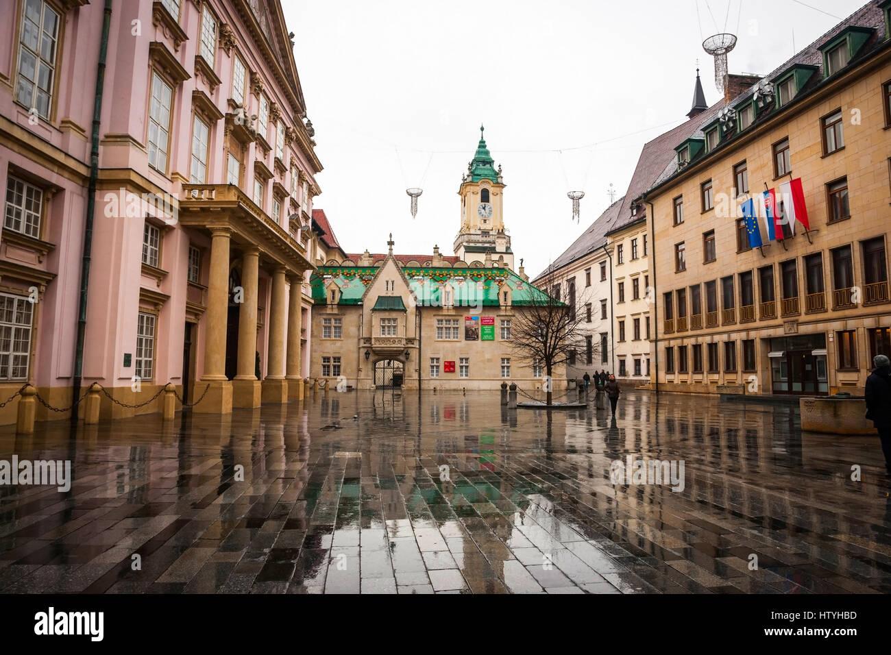 city hall bratislava slovakia europe stockfotos city. Black Bedroom Furniture Sets. Home Design Ideas