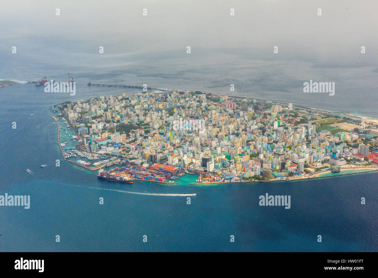 male maldives aerial stockfotos male maldives aerial bilder alamy. Black Bedroom Furniture Sets. Home Design Ideas
