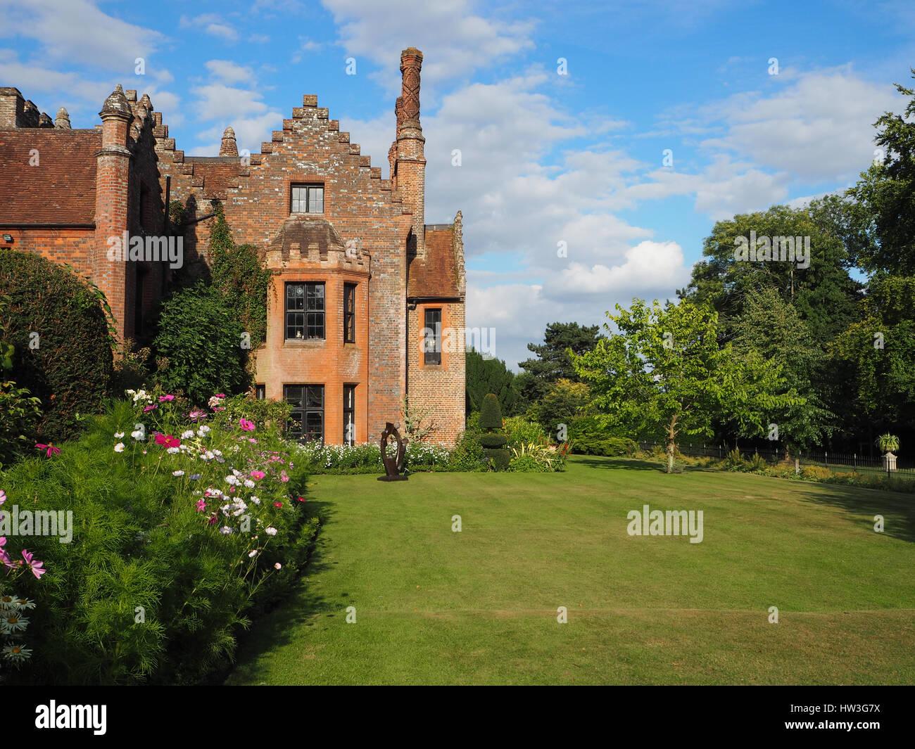Baum Und Garten chenies manor und garten in der späten nachmittagssonne zeigt der