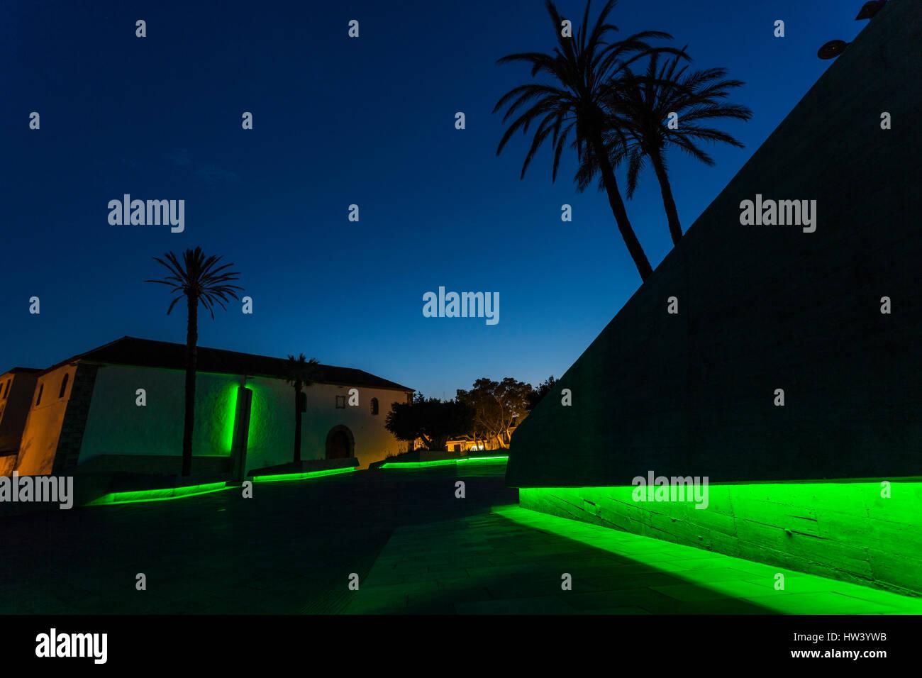 Plaza de España, Adeje, Teneriffa. 16. März 2017. Adeje verbindet die globale grüne Welle um feiern Stockbild