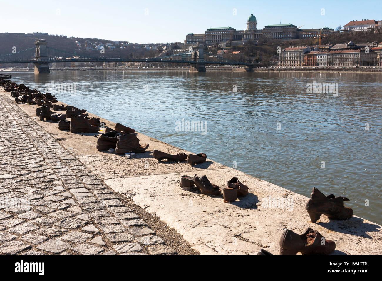 Judischen Holocaust Mahnmal Schuhe Am Donauufer Realisierte Ein