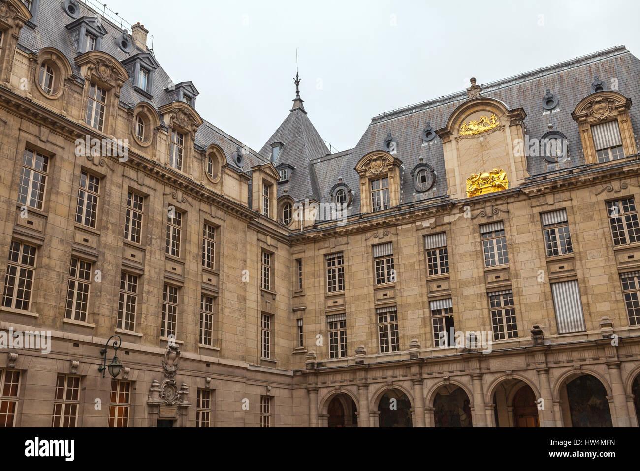 PARIS, Frankreich - Juli 10, 2014:Sorbonne Universität. Die Universität von Paris (Université de Stockbild