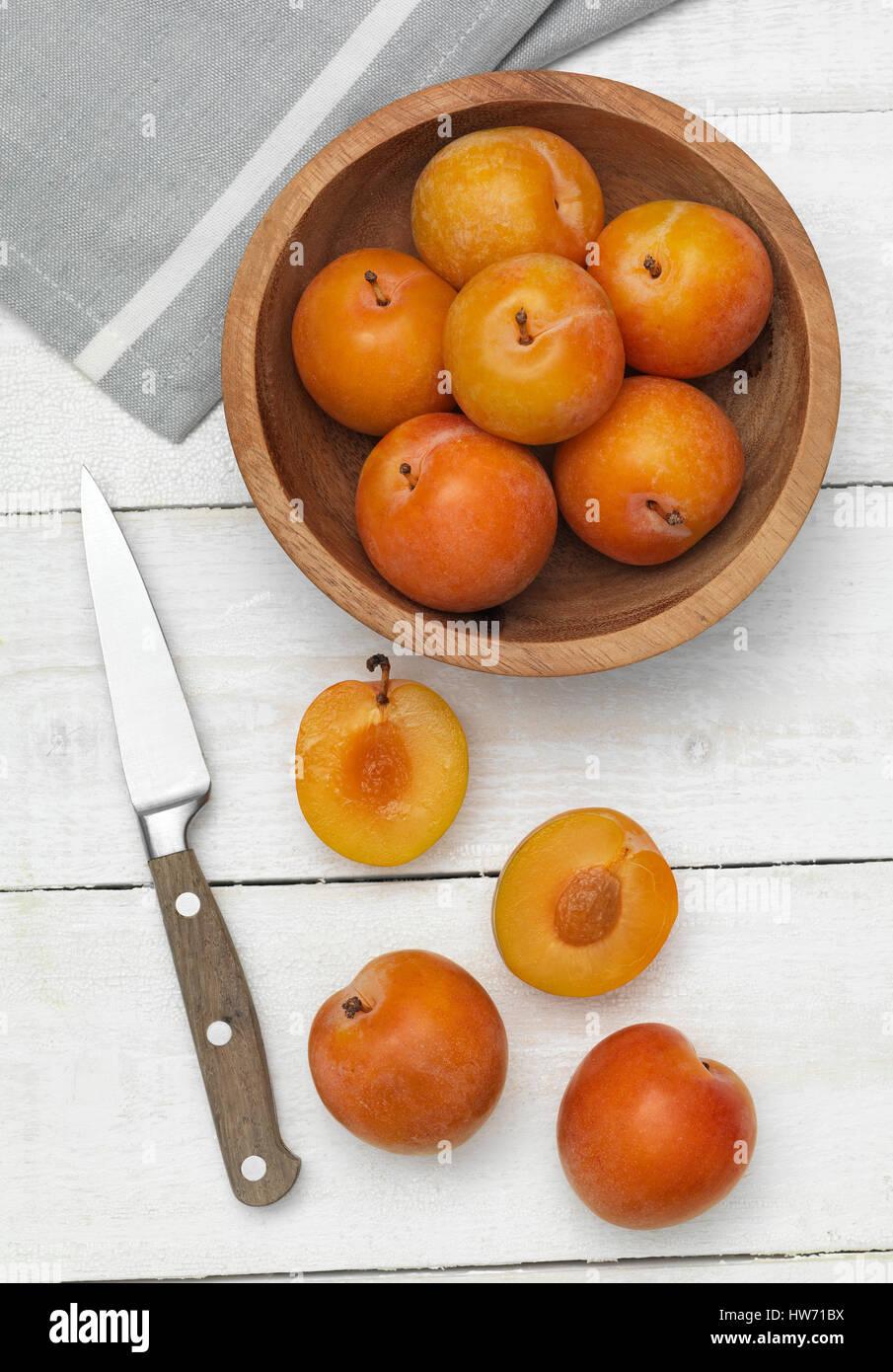Pflaumen-Ona Küche Arbeitsplatte Stockfoto
