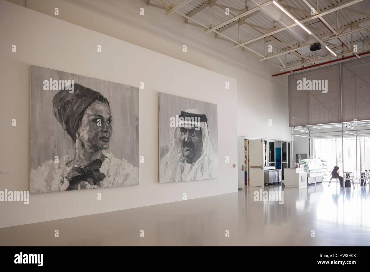 Arabische museum für moderne kunst interieur mit porträts von yan