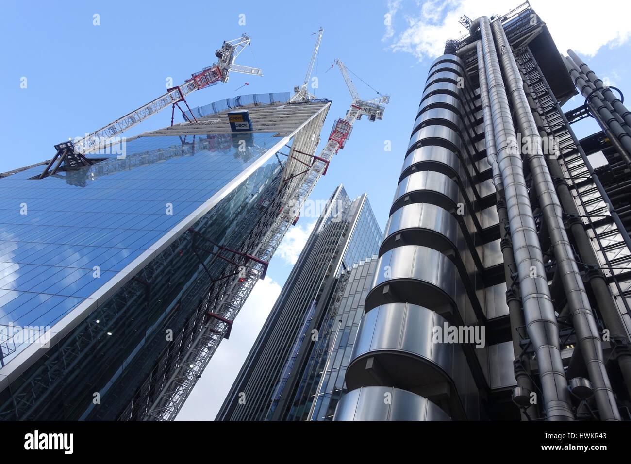 Betrachten am Skalpell Wolkenkratzer im Bau in der Stadt London, Großbritannien Stockbild