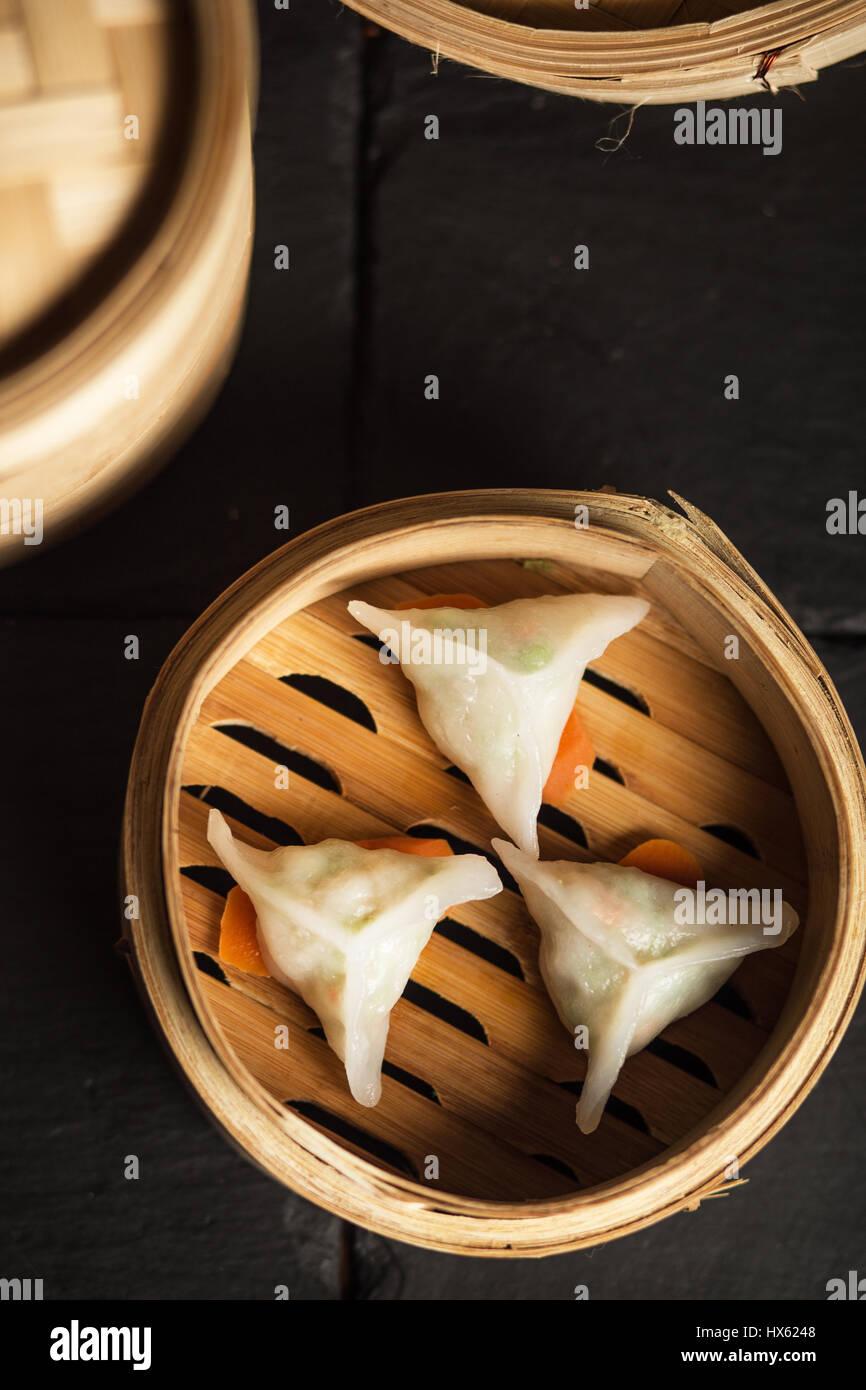 Dim-Sum Knödeln. Chinesische traditionelle Speisen Stockbild