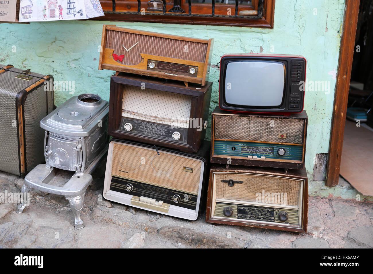 alte radios stockfotos alte radios bilder alamy. Black Bedroom Furniture Sets. Home Design Ideas