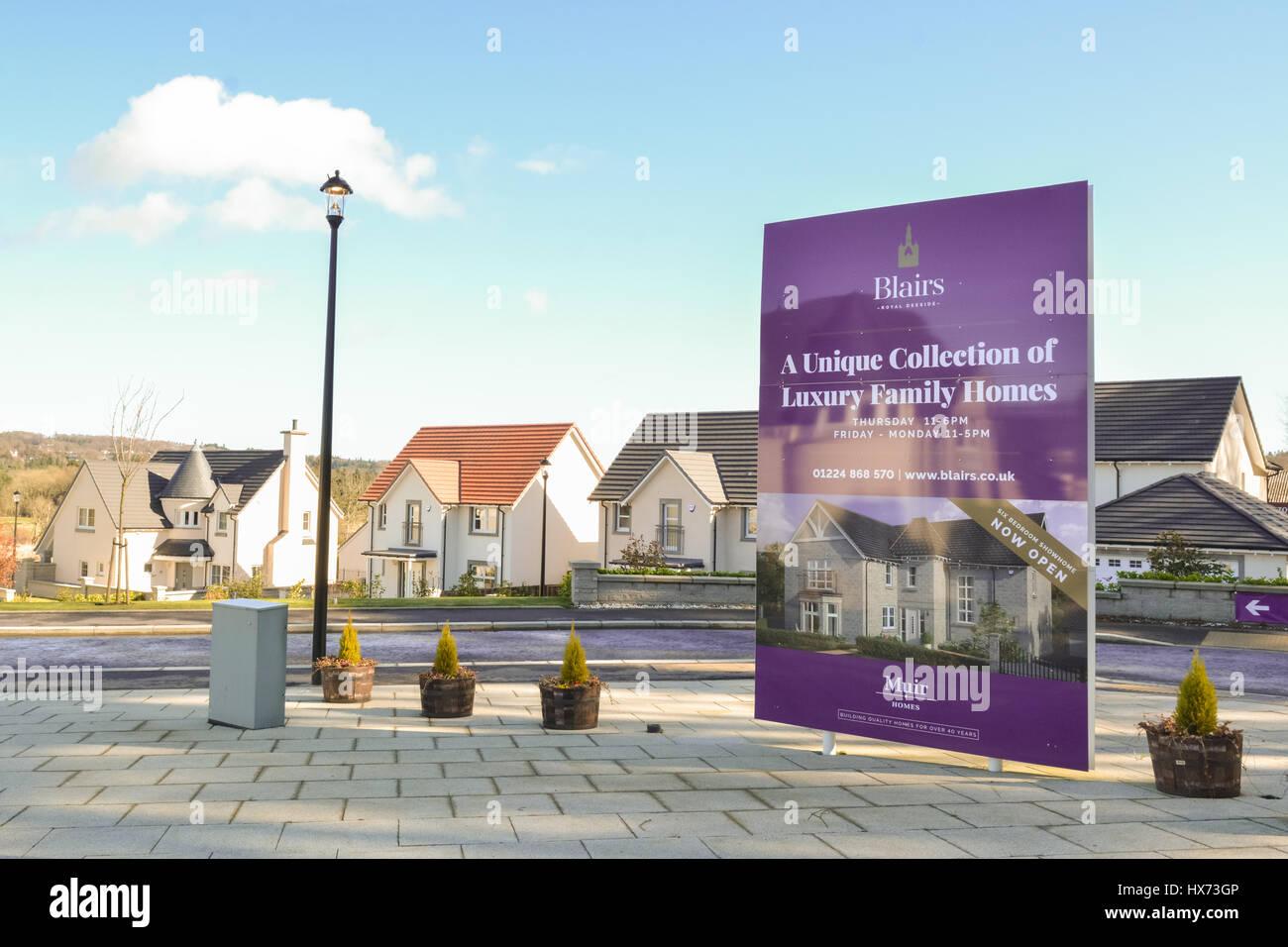Aberdeen Neubaugebiet von Einfamilienhäusern von Muir-Häuser, Aberdeen, Schottland Stockbild