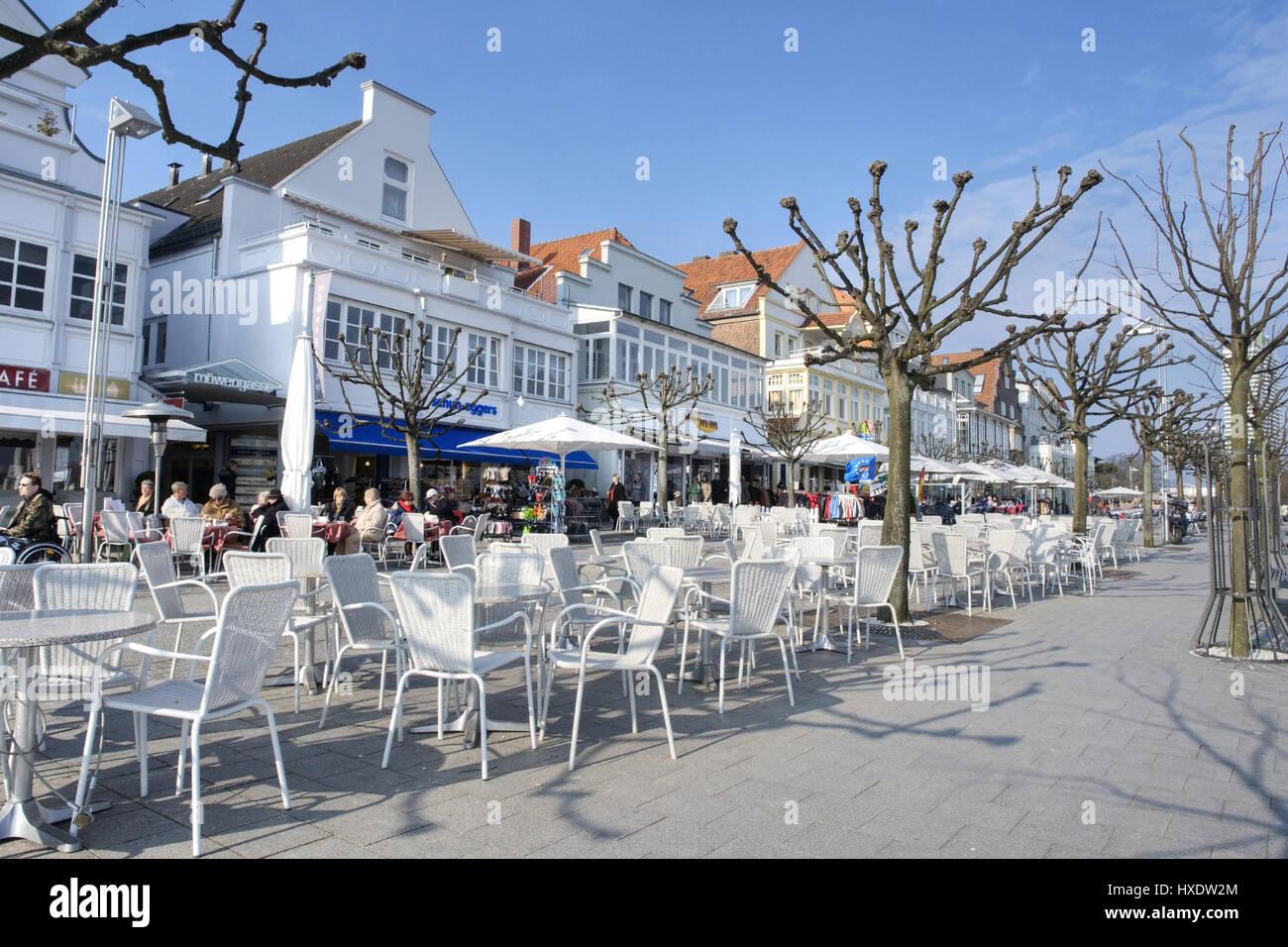 Promenade am Hafen, Flaniermeile bin Hafen Stockbild