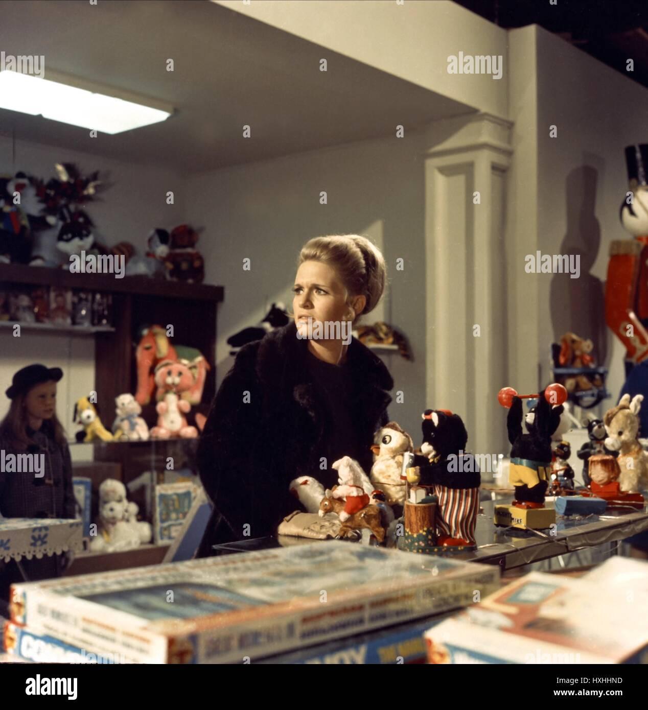 CAROL WEIß PAPA WEG A-JAGD (1969) Stockbild