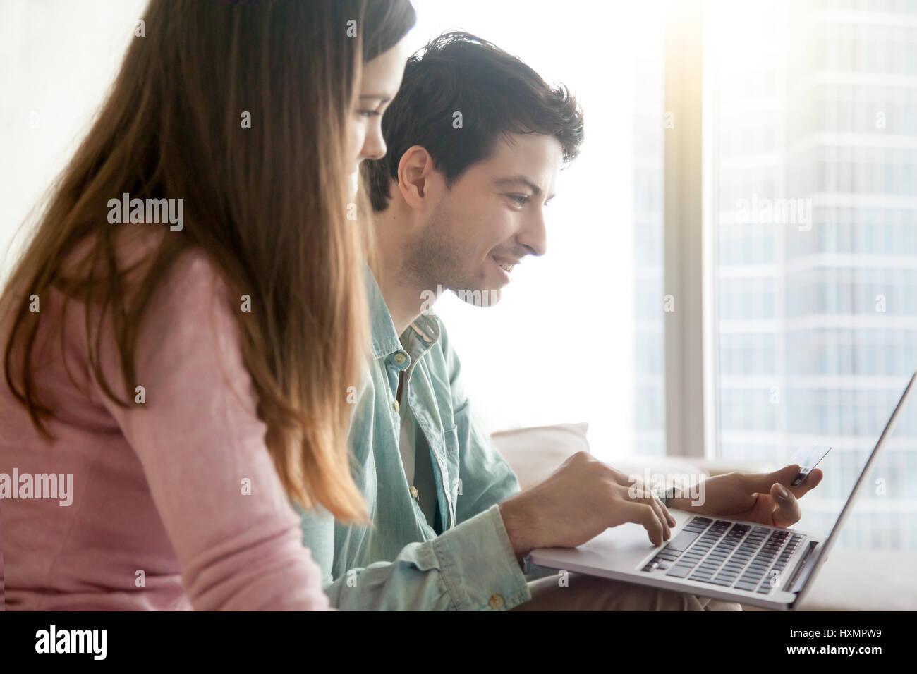 online dating Junge leute hva du skal gjøre når dating en Mama  s Boy